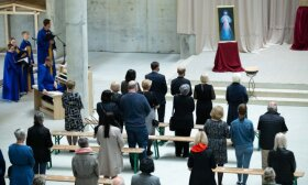 Simonytė on church services: we must try not to worsen situation