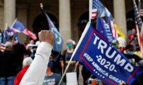 Donaldui Trumpui pralaimėjus rinkimus, rėmėjai rinkosi į protestus visoje JAV. Vašingtonas, 2020 m. lapkričio 8 d.