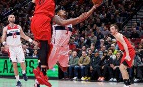 NBA naktis: Westbrooko trigubas dublis ir 51 nesustabdomo Bealo taškas