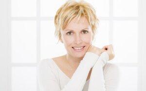 5 patarimai, kaip prižiūrėti brandžią odą.