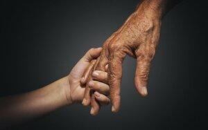 Skaitykite apie neeilinę 11-mečio berniuko ir 104 m. moters draugystę. Laimėtojai
