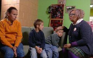 Dviejų vaikų mama: turėjau 2 išeitis – pabėgti arba gultis į grabą