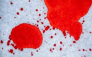 Kas gali sukelti kraujavimą tuštinantis?