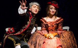"""Kostiuminė baroko laikmečio drama """"Pavojingi ryšiai"""""""