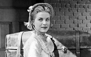 Grace Kelly: kaip šeimos nevykėlė, kuri taip troško meilės, patyrė ginekologinę apžiūrą prieš vedybas ir kentėjo vyro pavydą bei šaltumą