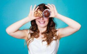 Maistas akims: kas tikrai padeda regėjimui?