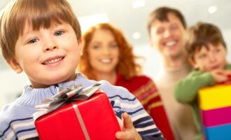 Gimtadienius vaikas švenčia dalydamas labdarą