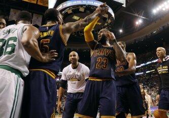 """Istorinis """"Cavaliers"""" pasirodymas – """"Celtics"""" nušluoti net 44 taškų skirtumu"""