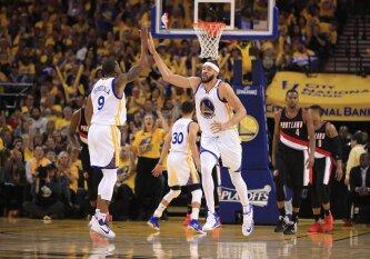 J. McGee dar bent metus žais NBA čempionų gretose