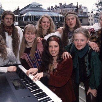 """""""Kelly Family"""" - mįslėmis apaugusi kelių kartų istorija. Kaip jie atrodo šiandien?"""