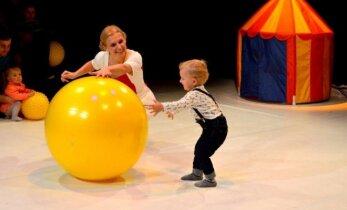 Teatras, kuris suteikia vaikams galimybę pažinti pasaulį neįprastomis priemonėmis