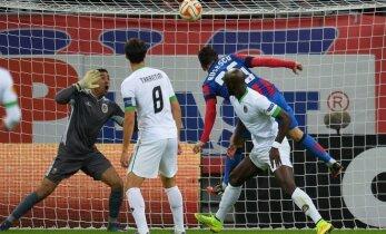 """G. Arlauskis padėjo """"Steaua"""" klubui iškovoti antrą pergalę Europos lygos varžybose"""