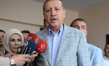 Turkijos prezidento vajus dėl osmanų kalbos susidūrė su pasipriešinimu