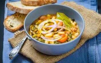 Be galo skani itališka pupelių sriuba