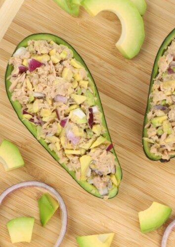 Avokado ir tuno salotos