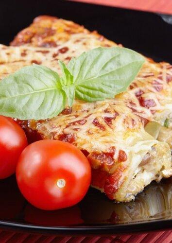 Cannelloni makaronai su vištiena ir pievagrybiais