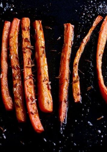 Tobulai skanios keptos morkos