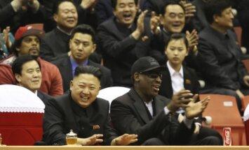 Kim Jong Unas (Kim Čen Unas) ir Dennis Rodmanas