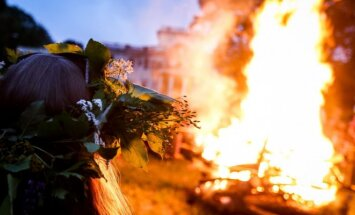 St. John's Day bonfire in Trakų Vokė