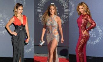Nina Dobrev, Jennifer Lopez, Beyonce