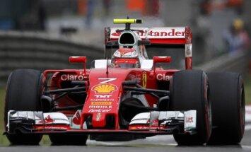 Kimi Raikkonenas su Ferrari automobiliu