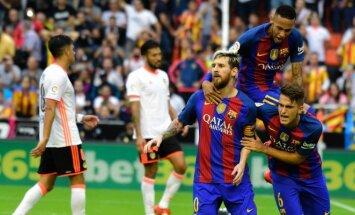 Lionelis Mesi triumfuoja su komandos draugais