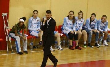 Ukmergės moterų krepšinio komanda.