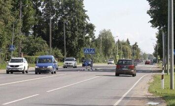Kelyje tarp Kauno ir Garliavos nepaisoma saugaus greičio ribojimų