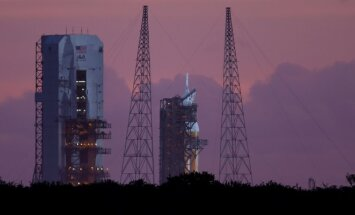 Raketa Delta IV su Orion kapsule laukia starto Kanaveralo kyšulyje
