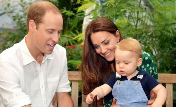 Princas Williamas ir Catherine Middleton su sūneliu George'u