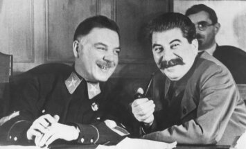 Josifas Stalinas ir Klimentas Vorošilovas