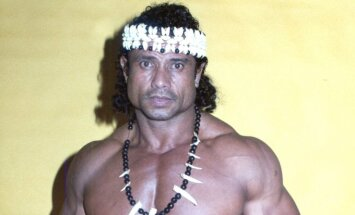 Jimmy Snuka. 1983 m.