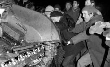 """Šios nuotraukos herojai savo kompaniją praminė """"tankistų brigada"""""""