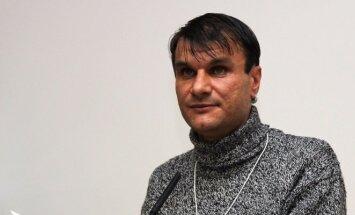 """Jotvingių premijos laureatas Rimvydas Stankevičius, įvertintas už poezijos knygą """"Ryšys su vadaviete. R. Sadausko - Kvietkevičiaus nuotr."""
