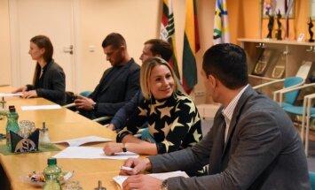Laura Asadauskaitė-Zadneprovskienė LTOK Sportininkų komisijos posėdyje