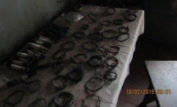 Brakonieriaus namuose surastos kilpos