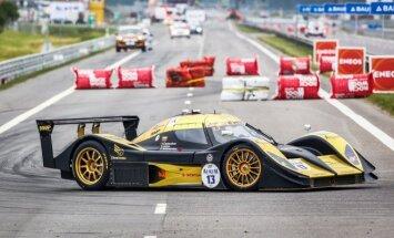 Kvalifikacijoje greičiausiai važiavo Aquila CR1