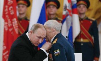 Vladimiras Putinas Armijos dienai skirtame renginyje