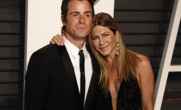 """Jennifer Aniston ir Justin'as Theroux """"Vanity fair"""" organizuotame """"Oskarų"""" vakarėlyje"""