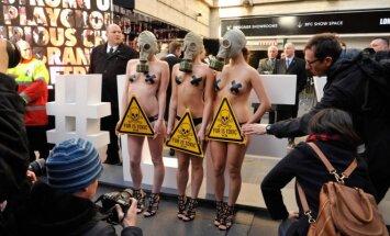 Londono mados savaitės gyvūnų teisių gynėjos