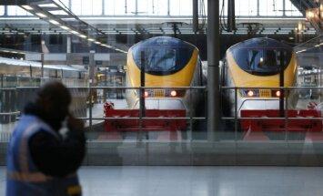 Traukiniai Londone