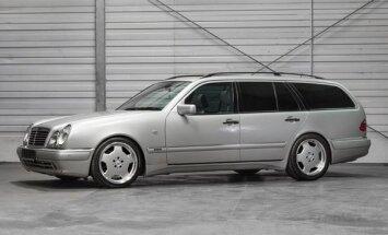 """Michaelio Schumacherio """"Mercedes automobilis (auctionata.com nuotr.)"""