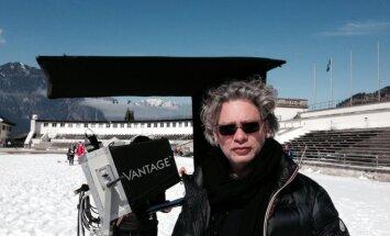 Dexteris Fletcheris filmavimo aikštelėje (Garmische, Vokietija)