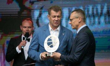 Antanas Sireika ir Romualdas Brazauskas (dešinėje)