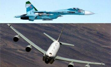 SU-27 ir RC-135