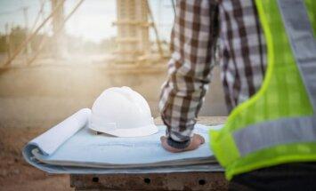 Planuojate statybas vasarą? Dėmesį atkreipkite į namo stogą ir fasadą