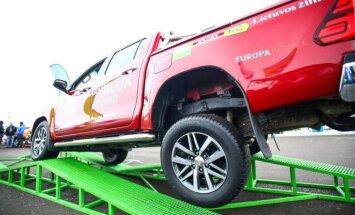 Toyota Hilux susitvarkė su visom užduotim