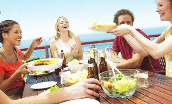 Taisyklės, kaip per atostogas ir pasilepinti, ir nesustorėti