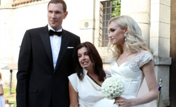 Kaune susituokė krepšininkas Darius Songaila ir modelis Gintarė Sabeckaitė