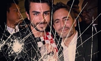 Harry Louis (kairėje) ir Marcas Jacobsas. instagram.com nuotr.